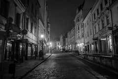 Cieszyn (nightmareck) Tags: blackandwhite bw night europa europe fuji poland polska handheld fujifilm fujinon cieszyn pancakelens xe1 apsc czarnobiay mirrorless lskie xtrans fotografianocna xmount blackwhitepassionaward xf18mm xf18mmf20r bezlusterkowiec