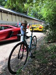 Bianchi VS Lamborghini (jun.skywalker (enishi hand made cyclecap)) Tags: bike bicycle kyoto lamborghini pist   biancchi lamborghiniheritagegathering2016inkyoto