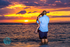sweet moment with dad daughter, maui sunset (brandon.vincent) Tags: family sunset red portrait baby beach canon hawaii bay mark bees iii alien maui special precious 5d moment lahaina