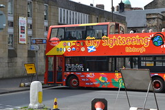 The end of the line (hcorper) Tags: 116in2016 finishline tourists sightseeingbus edinburgh diversion