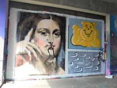 515 (en-ri) Tags: donna woman indaco arancione winnie pooh torino wall muro graffiti writing