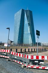 Kurz vor der EZB Eröffnung-bw_20150316_6001.jpg (Barbara Walzer) Tags: ezb 160315 ezbfrankfurt