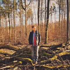 Irgendwo im Wald #SoloparkingPeople  Foto: @celinakunhardt (TiloHensel) Tags: foto im  wald irgendwo celinakunhardt soloparkingpeople