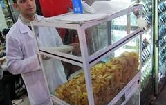 Fresh Potato Chip Seller (Tracy Hunter) Tags: food market morocco marrakech medina vendor snacks potatochips jemaaelfna moroccon