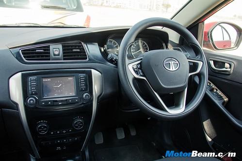 Hyundai-Grand-i10-vs-Tata-Bolt-vs-Maruti-Swift-14