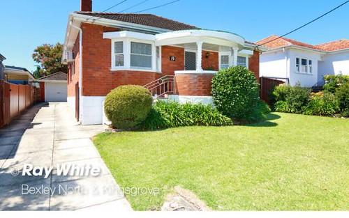 19 Ada St, Kingsgrove NSW 2208