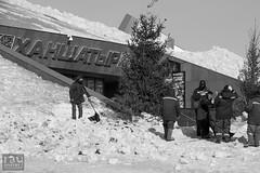 Dressing down after horseplay (Ray Whitby Photography) Tags: snow workmen trouble shovel kazakhstan funtimes supervisor workman astana horseplay 2015 reprimand dressingdown khanshatyr