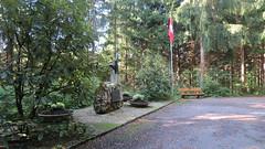 Hochwald, Herrenmatt, 26.9.14 (ritsch48) Tags: gedenkstätte flugzeugabsturz kantonsolothurn hochwald vickersvanguard herrenmatt invictainternationalairlines