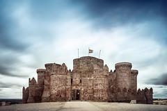 Castle... (Jaime A Ballestero) Tags: movimiento led cielo castillo cuenca belmonte largaexposicin jaimea
