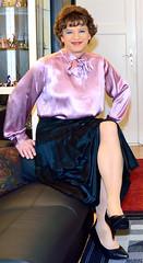 Birgit021976 (Birgit Bach) Tags: skirt button satin pleated faltenrock bowblouse schleifenbluse durchgeknpft