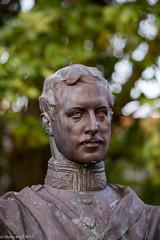 Buste du Roi Albert 1er (Olivier_1954) Tags: statue belgique be homme buste roi depanne vlaanderen
