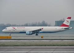 OE-LBD (AnDrEwMHoLdEn) Tags: manchester airport austrian manchesterairport a321 egcc 23r