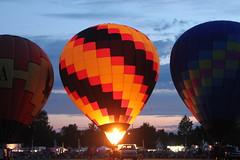 Balloon fest (Tricia Lynne) Tags: dusk hotairballoon balloonfest