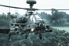 British Army | Boeing | Apache Longbow | AH64 | Cosford (Allan Portergill Photography) Tags: apache end cosford show 2016 british army | boeing longbow ah64 finale pouring rain twop