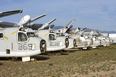 Grumman Trackers at DMA (atg3v) Tags: grumman s2 us2d tracker usa usnavy davismonthan dma arizona aviation kdma boneyard scrapyard tucson norfolk