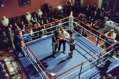 20150204_Boxing_M2_500T_1600_002_web (Bossnas) Tags: leica film students kodak voigtlander oxford boxing m2 iso1600 pus oxfordunion c41 2015 1stop 500t pakon vision3 townvgown