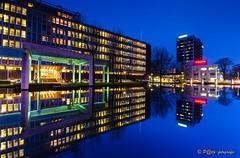 oude AkzoNobel HQ (www.petje-fotografie.nl) Tags: water arnhem le bluehour gelderland spiegeling velperweg tejin akzohq