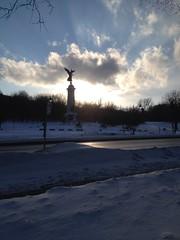 Ange - Mont-Royal (jphilipg) Tags: sunset angel montréal ange parcjeannemance monumentgeorgeétiennecartier