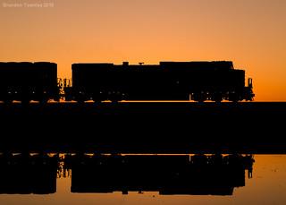 Dash 9 Silhouette in Chatfield, Ohio
