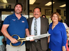 """FSO Thrift Store Ribbon Cutting • <a style=""""font-size:0.8em;"""" href=""""https://www.flickr.com/photos/58294716@N02/16847673130/"""" target=""""_blank"""">View on Flickr</a>"""