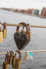 Heart (Infomastern) Tags: bridge love copenhagen denmark lock bro kopenhavn danmark lås köpenhamn