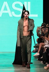 Drago Fashion Brasil - Lindebergue Fernandes 2016 (HenriqueFonseca) Tags: fashion brasil foto carlos henrique fonseca fernandes drago 2016 lindebergue