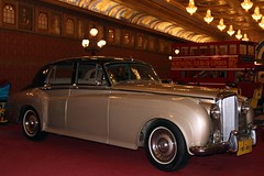 1957 Bentley S1 (Prayitno / Thank you for (10 millions +) views) Tags: auto england classic car mobile museum indonesia java automobile indoor east made 1957 classical british s1 jawa batu bentley timur transporation angkut konomark