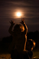 Welcome summer... (Marla Nutbrown) Tags: family summer moon love nature beautiful night children fun outdoors strawberry view solstice welcoming 2016 naturallightphotography marlanutbrownphotography