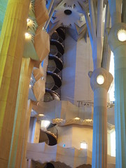 La Sagrada Familia Interior detail 8 (JP Newell) Tags: barcelona windows light church familia architecture de wonder temple la spain spires statues stainedglass catalonia architectural família architect artnouveau spanish gaudí lasagradafamilia sagrada antoni carvings basílica expiatori