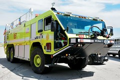 Chicago Fire Department 657 (nick123n) Tags: chicago fire department rig truck apparatus arff ord kord ohare airport lime green