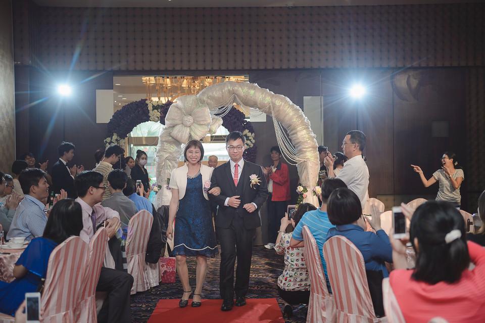 婚禮攝影-台南情定婚宴城堡永康館-40