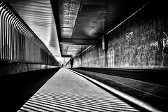 along the line (d26b73) Tags: schwarzweiss monochrome noiretblanc urbanarte blackandwhite streetphoto fujifilm xe2 explore explored