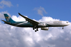 Oman Air | Airbus A330-300 | A4O-DE | London Heathrow (Dennis HKG) Tags: omanair oma wy airbus a330 a330300 airbusa330 airbusa330300 aircraft airplane airport plane planespotting london heathrow egll lhr a4ode canon 7d 70200