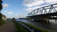 Sluikil brug open (Omroep Zeeland) Tags: brug zeeuwsvlaanderen sluiskil