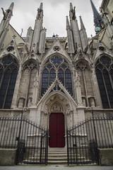 Notre Dame (nicola.daino) Tags: door red france gothic cathdrale notre dame francia parigi pars