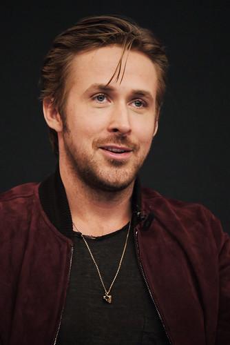 Ryan Gosling x Apple Store