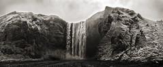 skogafoss 6 3p hdrt sw c (Bilderschreiber) Tags: old bw white black sepia island waterfall iceland wasserfall alt sw skógafoss skogafoss skogar skogarfoss schwarzweis