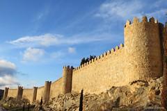 Muralla de vila (Re Silveira) Tags: espaa spain espanha medieval unesco muralla muralha unescoworldheritage vila patrimoniodelahumanidad sigloxii muralladevila