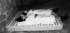 Il sonno  l' immagine della morte. (Marco Tullio Cicerone) (Margcoss) Tags: donne notte materasso
