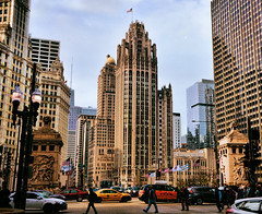 Tribune tower (Miradortigre) Tags: street usa chicago tower architecture calle illinois arquitectura nikon torre american rua neogothic tribune aia neogotico d7100 aia150list