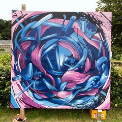 deeeloop (DEMOS _thenorama) Tags: pink blue graffiti spraypaint organic meuse profondeville demosthenorama