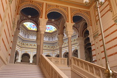 Staircase, Sarajevo City Hall (Hugh Baystanley) Tags: cityhall sarajevo vijecnica austrohungarianempire
