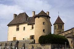 71 St-Vincent-de-Bragny - Prieuré XV XVI (Herve_R 03) Tags: france castle architecture bourgogne château saôneetloire