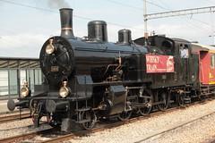 Dampfzug Whisky - Train mit SBB  Dampflokomotive Eb 3/5 Nr. 5810 Habersack ( SLM Nr. 2211 - Baujahr 1911 - Heute VDBB Verein Dampfbahn Bern - Dampflok ) am Bahnhof Kerzers im Kanton Freiburg der Schweiz (chrchr_75) Tags: chriguhurnibluemailch christoph hurni schweiz suisse switzerland svizzera suissa swiss chrchr chrchr75 chrigu chriguhurni hurni150418 eisenbahn bahn train treno zug schweizer bahnen dampflok dampflokomotive sbb habersack whisky kerzers kantonfreiburg kantonfribourg april 2015 albumzzz201504april albumbahnenderschweiz albumbahnenderschweiz201516 dampfmaschine locomotora vapor  vapeur steam vapore  stoomlocomotief albumdampflokomotiveninderschweiz juna zoug trainen tog tren  lokomotive lok lokomotiv locomotief locomotiva locomotive railway rautatie chemin de fer ferrovia  spoorweg  centralstation ferroviaria albumbahndampfbahnberndbb dampfbahn bern dbb