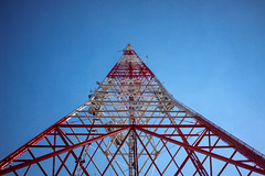 Skyward (TedrickM) Tags: seattle sky us washington unitedstates queenanne radiotower broadcasttower