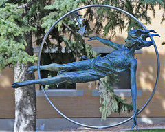 Star Maker, SUU Campus, 5 April 2015 (1) (Bob Palin) Tags: 15fav usa statue bronze 510fav canon utah ironcounty cedarcity club100 starmaker 100vistas instantfave canonef24105mmf4lisusm nolanjohnson suucampus angelocaravaglia