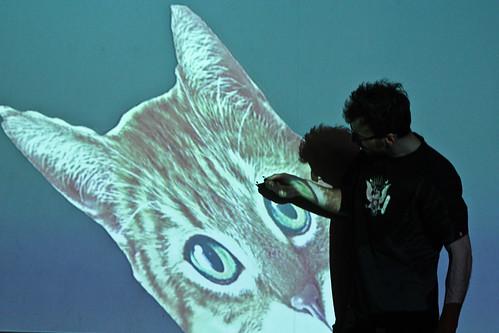 "WORKSHOP: Percepce lidského oka / Video jako zdroj světla na divadle • <a style=""font-size:0.8em;"" href=""http://www.flickr.com/photos/83986917@N04/17060728756/"" target=""_blank"">View on Flickr</a>"