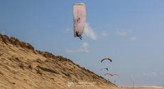 IMG_9207 (Laurent Merle) Tags: beach fly outdoor dune cte vol paragliding soaring ozone plage parapente atlantique ocan glisse littlecloud spiruline