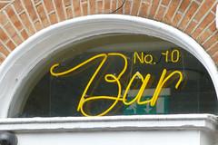No.10 Bar, Dublin 2. (piktaker) Tags: ireland dublin bar pub inn eire tavern pubsign roi innsign publichouse republicofireland no10bar
