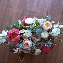 bridal bouquet 01 (Flower 597) Tags: centerpiece corsage weddingflowers weddingceremony boutonniere bridalbouquet weddingbouquet weddingflower floralcrown weddingflorist ceremonyarch flower597 torontoweddingflorist
